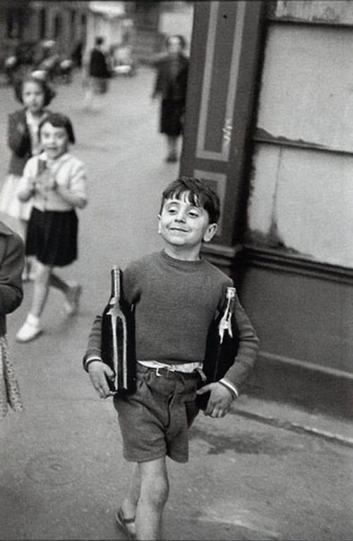 Paris, 1952. Henri-Cartier Bresson