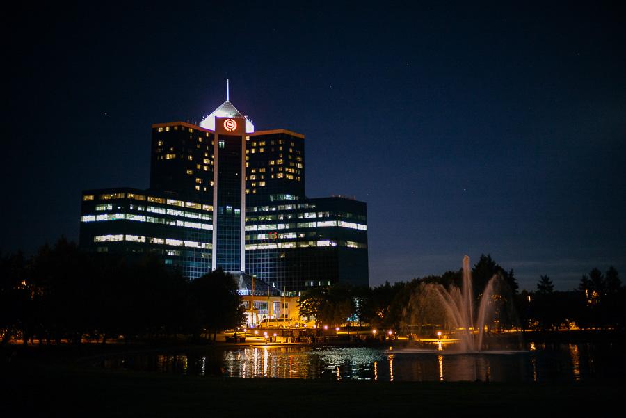 Night time image of Sheraton Mahwah Hotel New Jersey