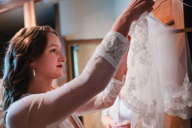 Texas Hill Country Ranch Wedding - Bri + Joe - American girls meets a Brit-Wedding photographer-Philip Thomas-017
