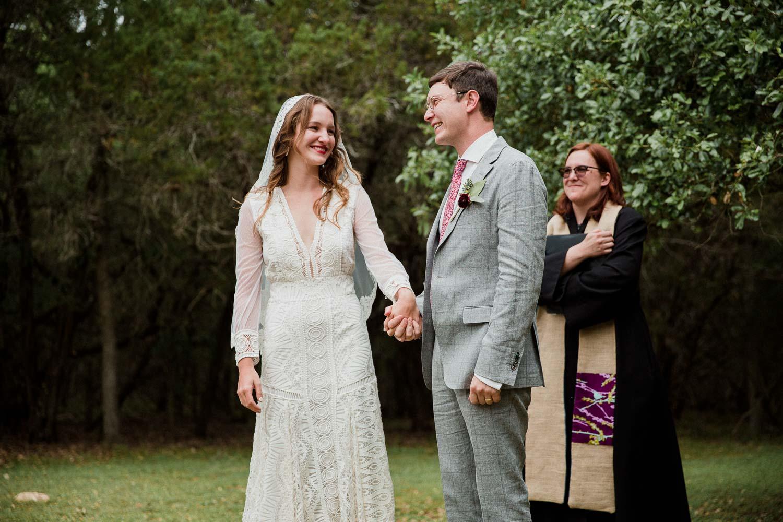 Texas Hill Country Ranch Wedding - Bri + Joe - American girls meets a Brit-Wedding photographer-Philip Thomas-032