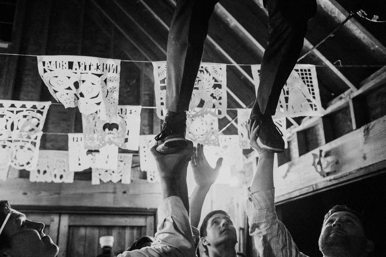 Texas Hill Country Ranch Wedding - Bri + Joe - American girls meets a Brit-Wedding photographer-Philip Thomas-092
