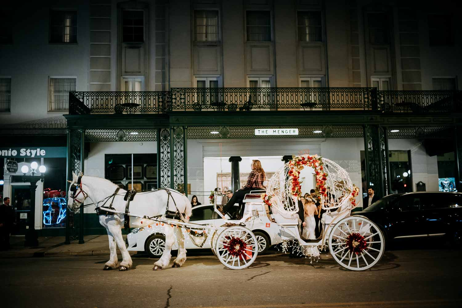 077-Menger Hotel Wedding  Reception Ballroom San Antonio  Reception Grand BallroomSan Antonio -Leica photographer-Philip Thomas Photography